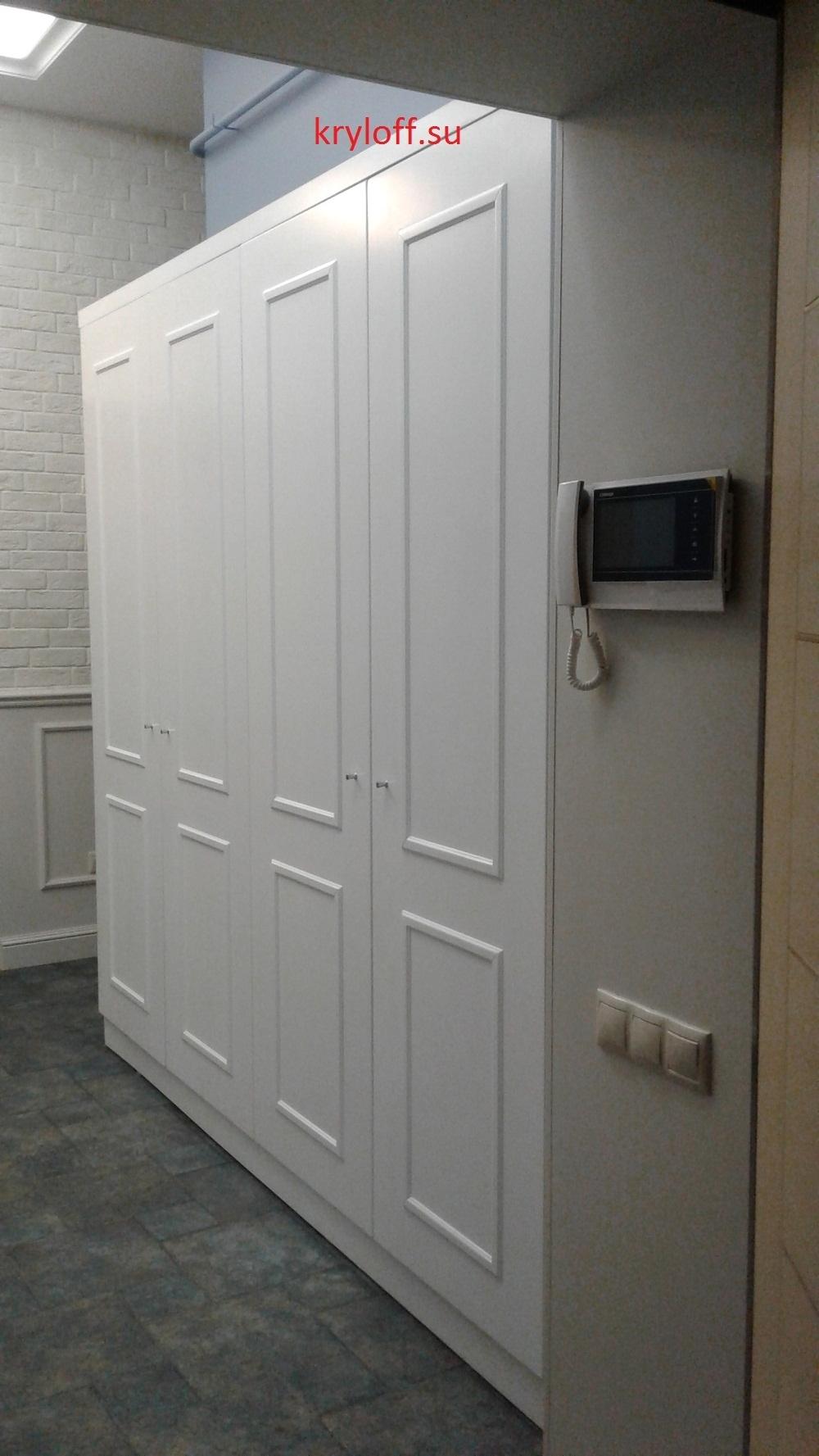 008 Шкаф для одежды в прихожей