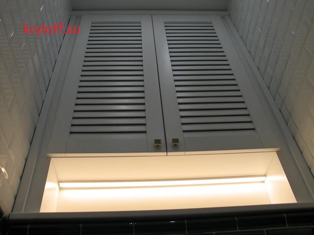 012 Шкаф в нишу с жалюзийными дверками