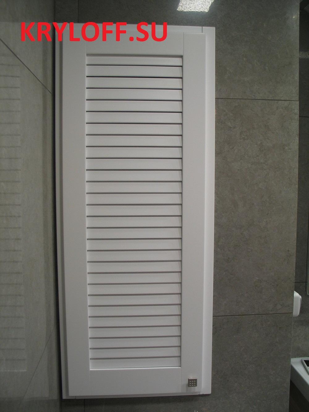 017 Реечная дверь сантехшкафа в туалете на заказ из мдф