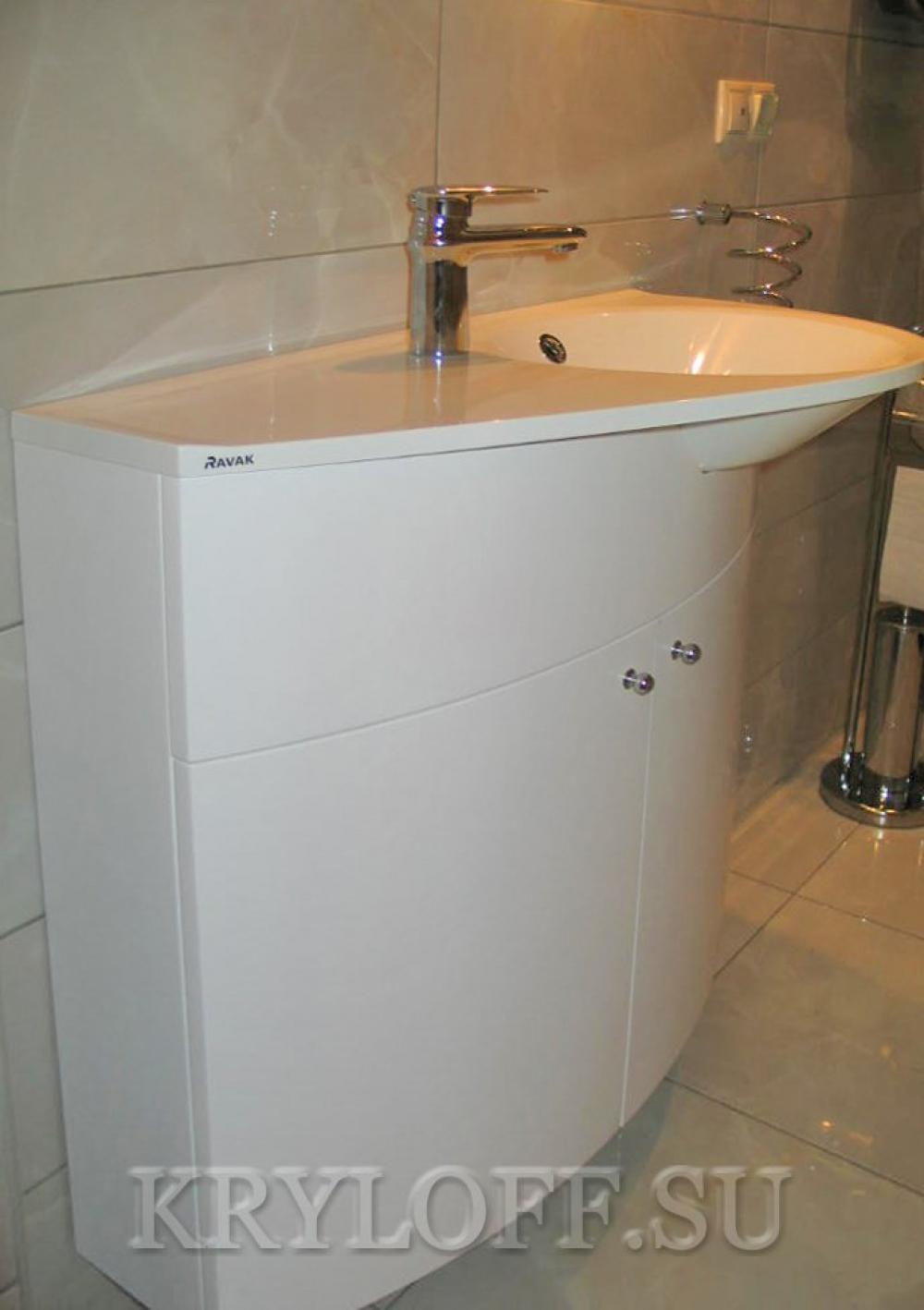 Мебель в ванную 009