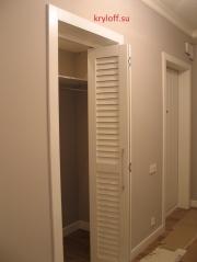 006 Дверь книжкой в гардеробную