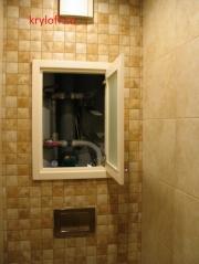 014 Сантехшкаф в туалете с матовым стеклом