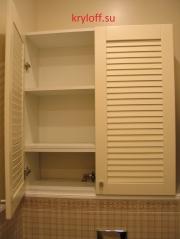 018 Шкаф над унитазом с дверками