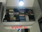 001 Антресоль в прихожей под потолком