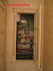 007 Дверка в туалете с матовым стеклом