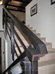 005 Перило на лестницу из дерева